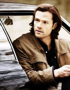 Sam Winchester everyone. Jensen Ackles, Jared And Jensen, Castiel, Supernatural Tv Show, Winchester Supernatural, Supernatural Crafts, Supernatural Seasons, Jared Padalecki, Misha Collins