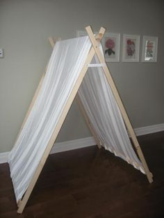 @Candace Renee Hoskin    You should make this! Only in boy colours, and put it in your porch, and outdoors in the summer :)