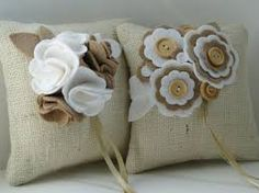 keçeden çiçek yapımı modelleri - Google'da Ara