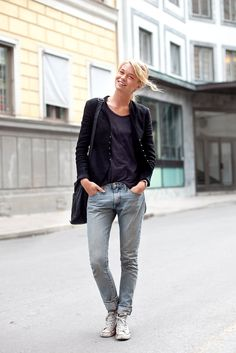 jeans+old tshirt+cardigan=Happy