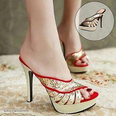 SKU: NJFEEZ98TG01V19 Color: Black, Red Size: 37, 39 Category: Shoes > Slippers Price: US $50.32 | PKR 5349 Weight:… #Vivoren #Fashion