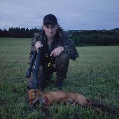 This littel cub came in some nights ago!Tomorow official foxhunting season starts anybody else out tomorrow morning?   tag your hunting related pictures with  #swedenishunting for a chance to be featured in our account   @jegerbataljonen
