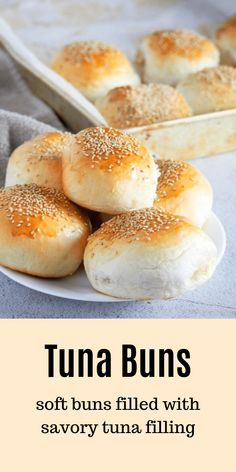 Tuna Buns – Woman Scribbles These Tuna Buns are perfect for quick lunches, snacks or picnic food. You will love the savory tuna filling nestled inside soft bread with sesame seeds as a tasty garnish. Fish Recipes, Seafood Recipes, Appetizer Recipes, Cooking Recipes, Appetizers, Cake Recipes, Ma Baker, Crockpot Chicken And Dumplings, Picnic Foods