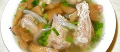 Preserved Turnip with Pork Ribs Soup Cambodian Desserts, Cambodian Food, Chinese Soup Recipes, Asian Recipes, Ethnic Recipes, Cabbage Soup, Pork Ribs, Healthy Soup, Preserves