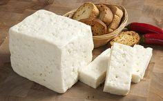 Ezine Peyniri Yunanistan'a Meydan Okuyor - http://eborsahaber.com/haberler/ezine-peyniri-yunanistana-meydan-okuyor/