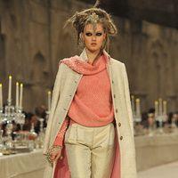 Manual de uso del rosa para este invierno: Chanel | Galería de fotos 28 de 30 | Vogue