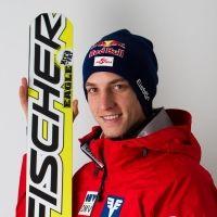 Fischer Sports - Gregor Schlierenzauer shines at normal hill in Sochi