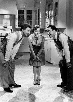 Donald O'Connor, Debbie Reynolds & Gene Kelly in Singin' in the Rain (1952)