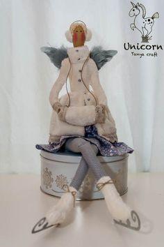 Unicorn: Ice skating angel / angel skating P.3