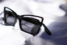 All in the details. Eyewear Trends, Sunnies, Sunglasses, Eye Glasses, Detail, Face, Fashion Design, Accessories, Style