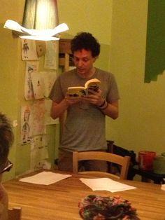 Extreme reading Gorilla Sapiens - serata di letture estreme, duelli fra autori e lettori a colpi di letture. #salto15 Davide Predosin