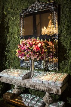 decoracao-1-18-festa-15-anos-20 Bat Mitzvah, Romantic Wedding Receptions, Enchanted Garden, Reception Table, Bridal Flowers, Holidays And Events, Event Decor, Floral Wedding, Floral Arrangements