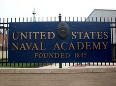 United States Naval Academy - Annapolis, Maryland ~ we trained just over the hill from here in Bainbridge ~ Annapolis Maryland, Baltimore Maryland, Annapolis Naval Academy, Academia Militar, Go Navy, Chesapeake Bay, Washington Dc, Places To See, New York Trip