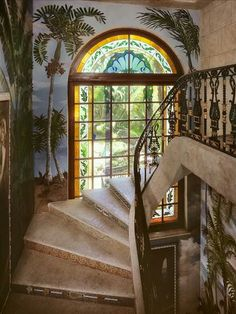 Versace mansion- Via LadyLuxury Versace Mansion Miami, Casa Versace, Versace Home, Gianni Versace, Casa Casuarina, Staircase Design, Staircase Ideas, Stairway To Heaven, Celebrity Houses