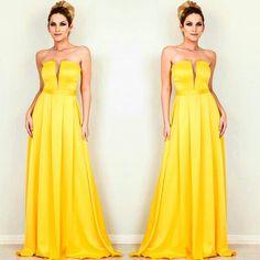 Que tal um Clássico Deslumbrante ♡  #dresses #festa #lançamento #formatura #casamento #15anos #details #luxo #dressparty #glamour  #temnacarolcamilamodas