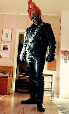 Ghost Rider Cosplay, I'm niether hot nor a girl so this wont get any likes. Yippie-yi-ay, Yippie-yi-oh