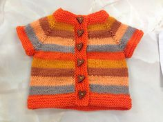 A simple and fuss free baby cardigan, ideal for a knitter who is new to seamless knitting, this tiny garment allows for lots of customisation to suit baby girls and boys alike. Baby Boy Knitting Patterns, Baby Cardigan Knitting Pattern, Knitting For Kids, Baby Born Clothes, Knitted Baby Clothes, Baby Pullover, Jacket Pattern, Baby Sweaters, Free Baby Stuff