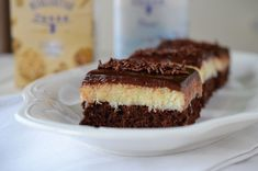 Prajitura Bounty - Retete culinare by Teo's Kitchen Coco, Tiramisu, Caramel, Avocado, Cheesecake, Deserts, Cupcakes, Sweets, Ethnic Recipes
