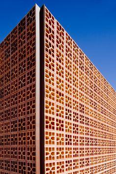Casa Nakata, detalhe de fachada. Projeto ATRIA, Fotografia Edgar Cézar  Nakata House, Façade Detail Project ATRIA, Photo Edgar Cézar