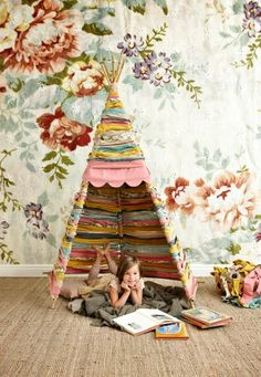 DIY tepee with fabric scraps! By Mokkasin, via Kickcan and conkers.