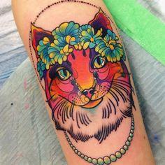 follow the colours neotradicional tattoo friday Katie Shocrylas gato havaiano