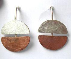 schlichter Ohrringe rund mit Kupfer und Silber von Schmuckwerk auf DaWanda.com