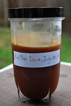 Thai taste recipes: Homemade Pad Thai sauce: 1 cup tamarind paste cup sriracha sauce 2 teaspoons salt 3 pieces palm sugar grams) 2 tablespoons fish sauce 3 whole prices shallot thinly sliced 2 tablespoons extra virgin olive o Tamarind Recipes, Tamarind Sauce, Asian Recipes, Sriracha Sauce, Pad Thai Recipes, Thai Cooking, Asian Cooking, Cooking Recipes, Cooking Pork