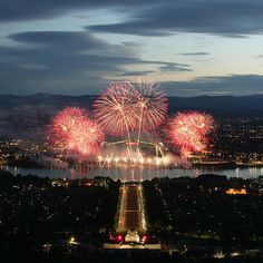 The countdown is on for one of the most magnificent display of fireworks over the national capital! Skyfire 27 is set to deliver a kaleidoscope of colour tonight lighting up on the shores of Lake Burley Griffin's central basin. After live music, entertainment and aerial displays, the fireworks will light up Canberra's sky at about 8.30pm. #visitcanberra