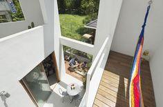 東京の住宅 屋内の家 + 屋外の家
