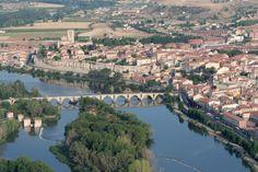 Río Duero a su paso por Zamora. Castilla-León