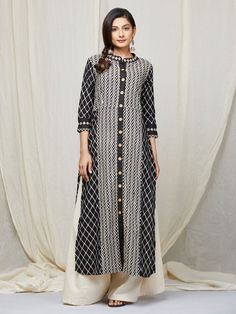 The Loom- An online Shop for Exclusive Handcrafted products comprising of Apparel, Sarees, Jewelry, Footwears & Home decor. Long Kurtas, Indian Ethnic Wear, Black Cotton, Desi, Saree, Shirt Dress, Kurtis, Chic, Loom