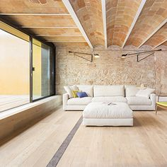 House renovation in Barcelona, SOLEAL windows and sliding system LUMEAL / Architects : Àmbit Arquitectes SLP / Photograph: Carlos Giménez