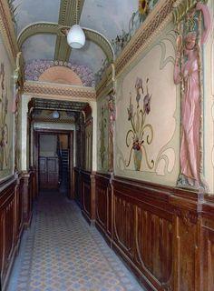 Jugendstil (Art Nouveau) building in Riga, Latvia. Art Nouveau Interior, Art Nouveau Architecture, Art Nouveau Design, Decor Interior Design, Architecture Details, Interior Architecture, Interior And Exterior, Interior Decorating, Art Nouveau Illustration