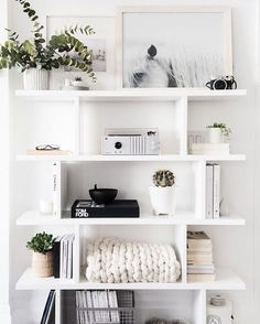 Beautifully simple, but still interesting | Pinterest: @startariotinme ☾