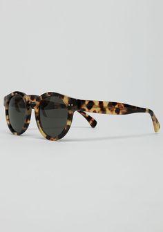 ILLESTEVA /  LEONARD SUNGLASSES  I could #ridecolorfully on my #vespa with these glasses #katespadeny