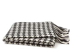 Can't wait to cozy up in this Houndstooth throw.