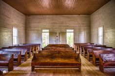 Inside Cades Cove Methodist Chruch by April Bryant - Photo 161022081 / 500px