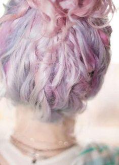 Cotton candy hair pastelhaar, paars haar, pastel roze, wit blond, pastel go Pastel Pink Hair, Hair Color Pink, Blonde Color, Cool Hair Color, Purple Hair, Pastel Blue, Pink Purple, Color Blue, Trendy Hairstyles