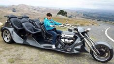 one contempoary bikers idea of the ancient family stationwagon lol! Vw Trike, Trike Motorcycle, Weird Cars, Cool Cars, Custom Trikes, Reverse Trike, Futuristic Motorcycle, Motor Scooters, Hot Bikes