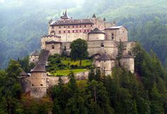 Which are the most beautiful Castles in the World?