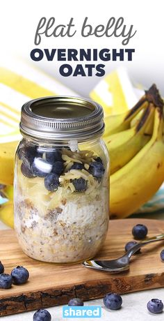 Flat Belly Overnight Oats Will Keep You Trim and Feeling Great Overnight oats are the best! Filled with ingredients that you and your body will like, this breakfast-in-a-jar will start your morning off right. Healthy Breakfast Recipes, Healthy Drinks, Healthy Snacks, Healthy Eating, Healthy Recipes, Oatmeal Breakfast Recipes, Diet Recipes, Diet Tips, Slimfast Recipes