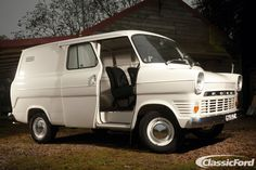 Restored 'For the Love of Cars' Ford Transit Up For Grabs Ford Lincoln Mercury, Ford Transit, Classic Trucks, Classic Cars, 4x4, Van Car, Cool Vans, Ford Capri, Vintage Vans