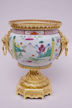 18th Century Canton Porcelain Cup Mounted in Gilt Bronze, 19th Century 2