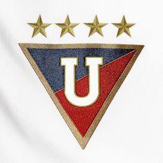 Liga Deportiva Universitaria de Ecuador club de fútbol - Fotografía por Traian Braulete - Liga de Quito