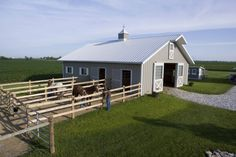 Darin's Horse Barn love this. kind of like a shoot/sacrifice paddock where hay and water etc goes. would have this in my personal barn not the boarders barn. Barn Stalls, Horse Stalls, Barn Layout, Horse Farm Layout, Horse Barn Plans, Mini Horse Barn, Horse Barn Designs, Backyard Barn, Small Barns