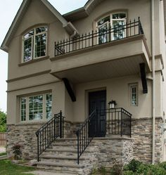 Mountain Ledge Stone Laid in Mortar, Sandstone Beach and Loyalist Grey Colours Combined - http://www.stonerox.com