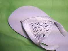 Embellished flip-flops- this looks so cool! And actually a very simple design. Really sweet idea
