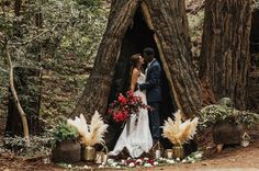 It all started with the idea of a road trip, a 4th of July road trip that is! The story was that the couple planned to elope…only they didn't know where, but as long as they had each other it would be okay. Event designer, Mountaing to the Sea CO, and planner + florist, Willow...