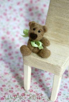 Little Hugo miniature needle felted bear by LugartPetit