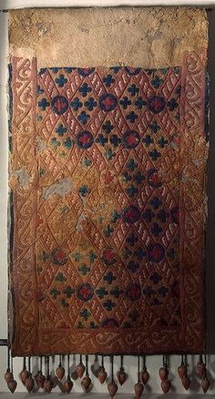 Saddle Cloth Pazyryk Culture, century BC, Asia - At The Hermitage Museum Hermitage Museum, Iron Age, Ancient Artifacts, Traditional Art, Archaeology, Textile Art, Fiber Art, Rugs On Carpet, Antiques